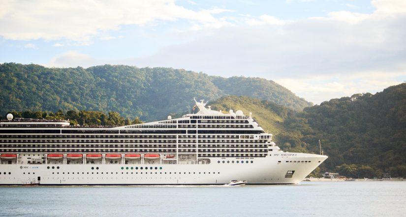 Cruise Cruise Ship Daylight 775294